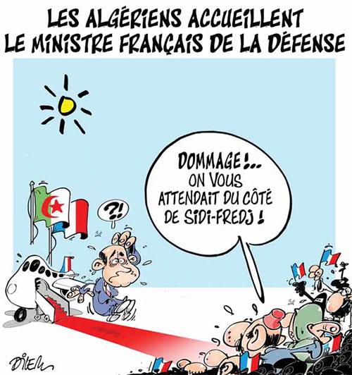Les Algériens accueillent le ministre français de la défense