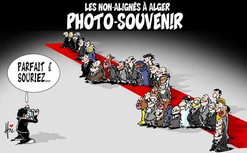 Les non-alignés à Alger: Photo souvenir - Le Hic - El Watan - Gagdz.com