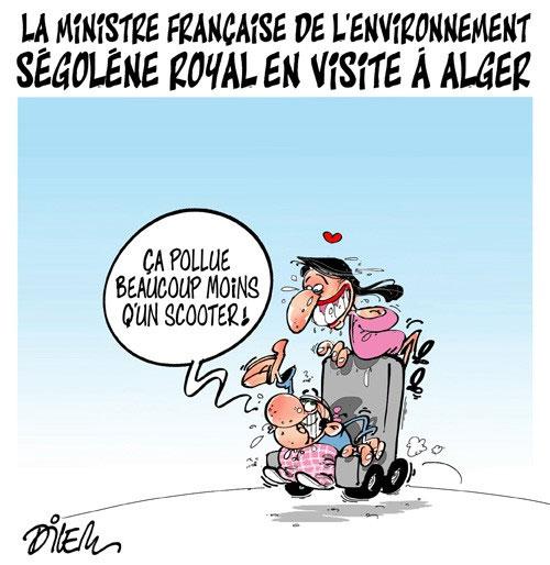 La ministre française de l'environnement Ségolène Royal en visite à Alger